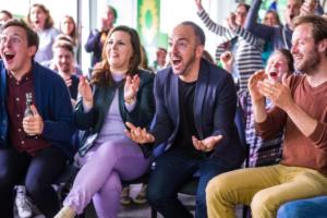 Feiernde Grüne bei der Verkündung des Wahlergebnisses der Europawahl 2019